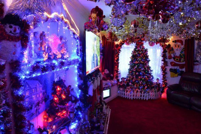 Acest cuplu a facut o obsesie pentru Craciun! Deja au instalat 10 mii de luminite festive chiar daca mai sunt doua luni pana la aceasta sarbatoare, iar motivul e unul emotionant
