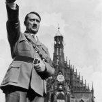 Adolf Hitler si-a inscenat moartea!