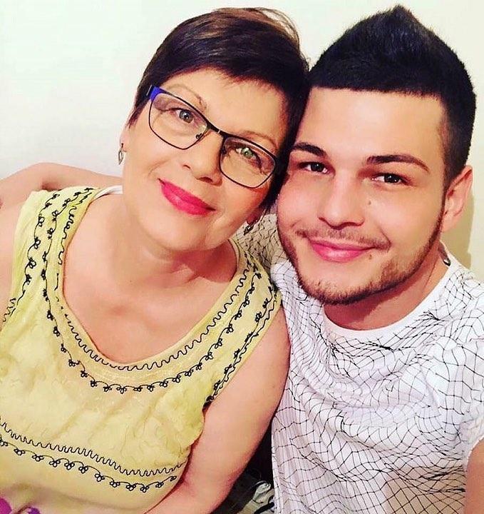 Razvan Botezatu pleaca la munca in Germania dupa ce a fost dat afara de la Antena Stars!