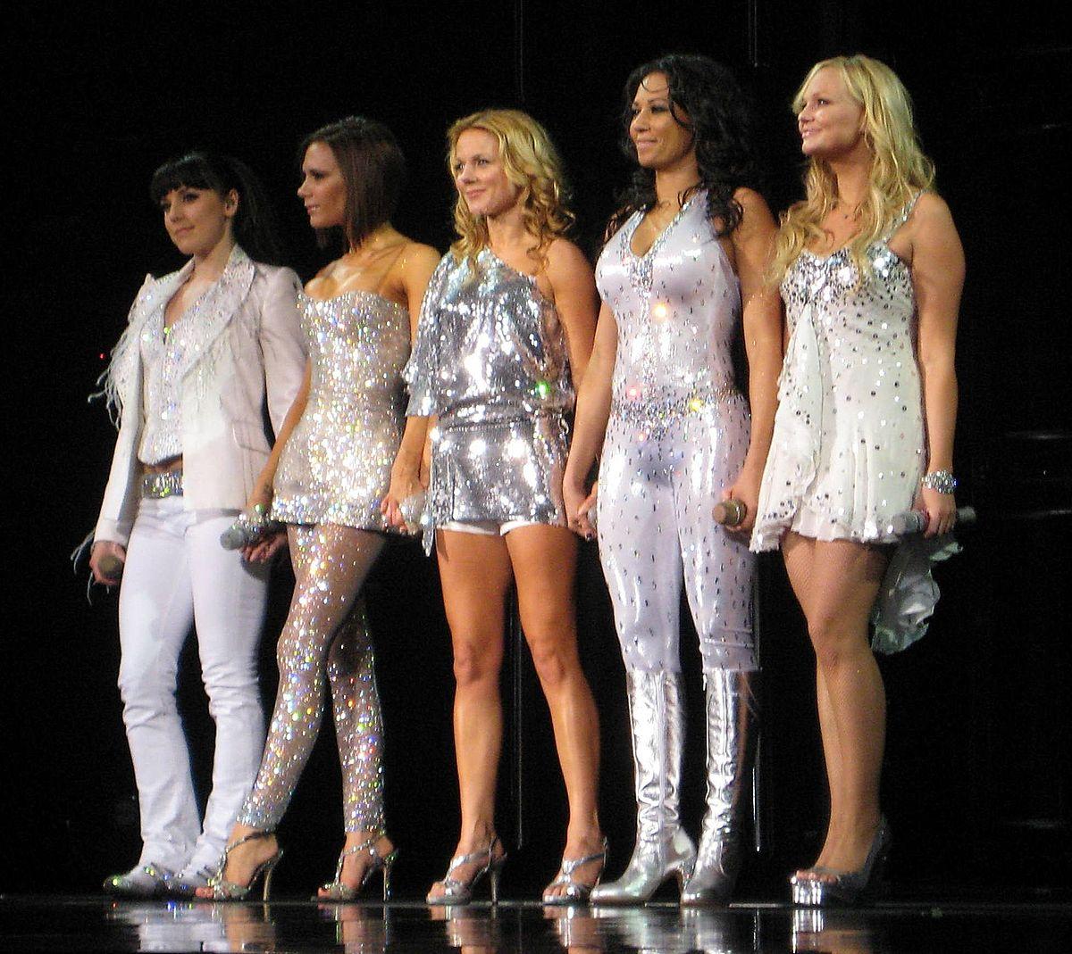 Spice Girls s-a reunit fara Victoria Beckham. Fetele pleaca in turneu in 2019