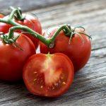 In pietele romanesti au fost gasite rosii toxice