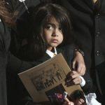 Fiul lui Michael Jackson e in stare de soc, dupa ce a aflat de intregul scandal