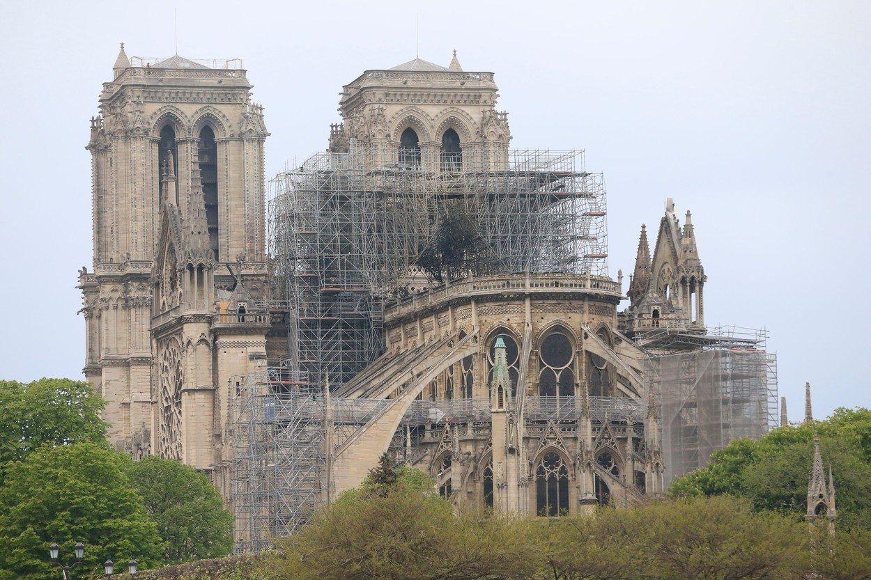Incendiul de la Notre Dame indica sfarsitul lumii
