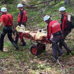 Turist, mort in Cascada Putna. Trupul lui a fost scos de scafandri