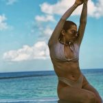 Lidia Buble, sexy la plaja! Cum arata in costum de baie