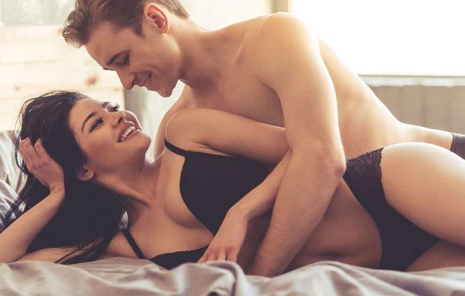 Pozitiile sexuale care te ajuta sa arzi calorii rapid. Poti sa uiti de sala