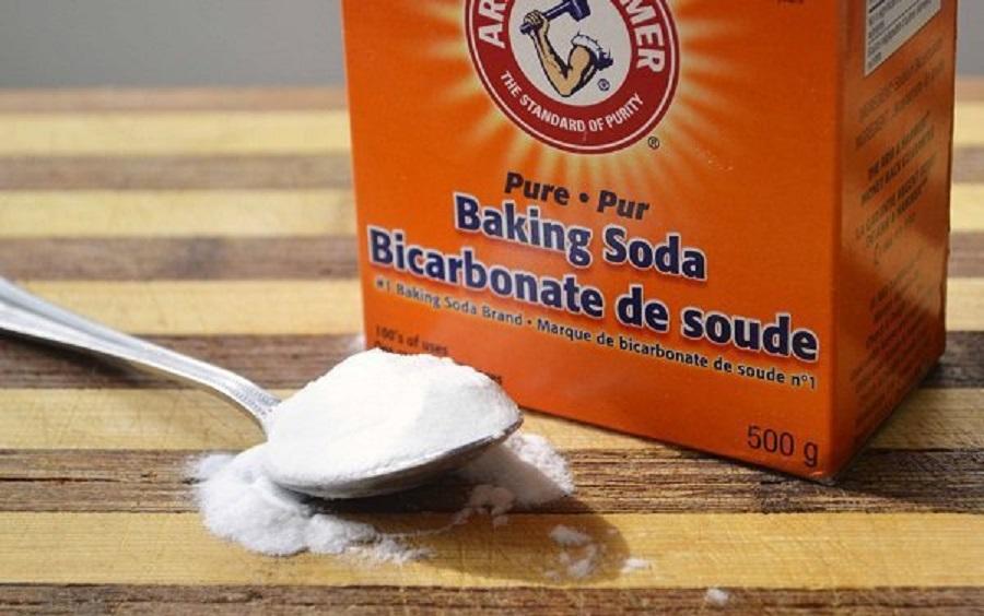 Ce se intampla cand amesteci bicarbonat de sodiu cu Cola (4)