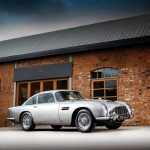 Aston Martin DB5 din filmele cu James Bond