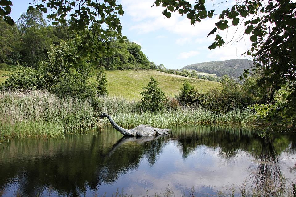 Monstrul din Loch Ness chiar există