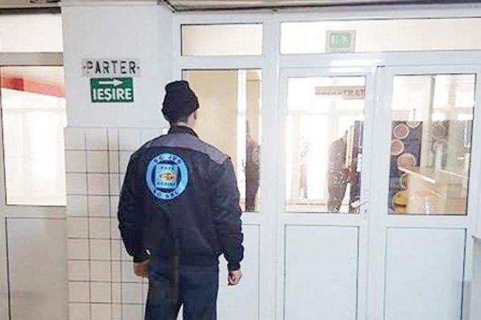 Paznic bătut de tatăl unui pacient. Acesta se afla la Spitalul Județean Craiova