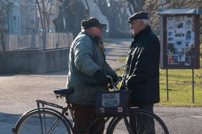 Varsta de pensionare se reduce cu patru luni pentru acesti romani