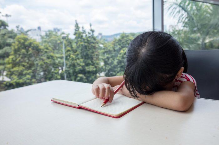 O fetiță i-a scris o scrisoare tatălui ei mort. Ce s-a întâmplat după întrece orice imaginație