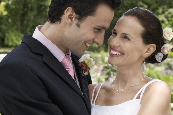 Felicitări de nuntă. Urări frumoase pentru căsătorie